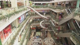 Download Giant slide to open in Chinese shopping mall Video