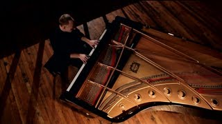 Download Can't Help Falling in Love (Elvis) - The Piano Guys Video