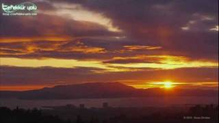 Download Ahmed Hulusi - Dua'nın Gücü Ve Beyin - Tefekkuryolu Video