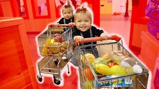 Download ONE YEAR OLD BABY SHOPPERS **IMAGINATION OVERLOAD** Video