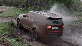 Download Range Rover P38 4.6 V8 vs Land Rover Discovery 5 2.0d Video