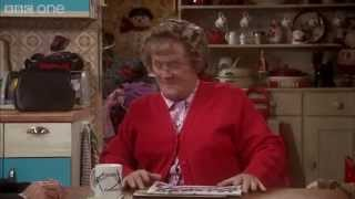 Download Jacko's Willie - Mrs Brown's Boys: Christmas Specials 2014 - BBC One Video