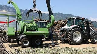 Download PTH 900 Pezzolato drum wood chipper driven by VALTRA 250 Hp tractor Video