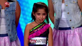 Download Martina Canisso sorprende cantando al ritmo de su ídola ″Violetta″ - TALENTO CHILENO 2014 Video