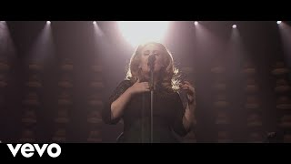 Download Adele - Set Fire To The Rain (Live at The Royal Albert Hall) Video