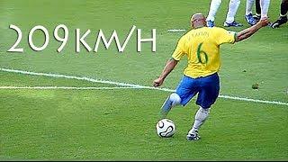Download 15 Golaços De Roberto Carlos Que Vão Impressionar Você Video