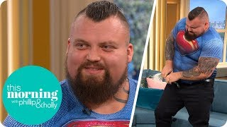 Download Strongman Eddie Hall Stuns Holly and Phillip by FOLDING Up a Frying Pan | This Morning Video