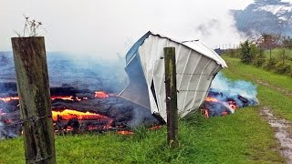 Download Volcano lava flow forces Hawaiians to flee their homes Video