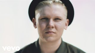 Download Arttu Lindeman - Läikkyy Video