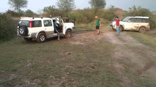 Download endeavour towing to gypsy and gypsy towing to scorpio in slush Video