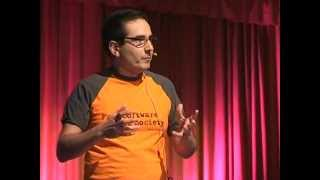 Download Con permiso para hackear: Juanjo Ciarlante at TEDxPlazadeMulas Video