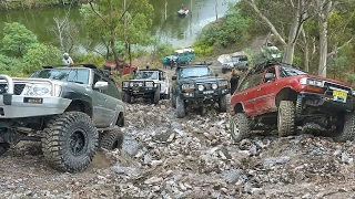 Download 4x4 Challenge (40inch Tires vs The Rest) @ Unimog Hill Video