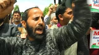 Download Legislator Rasheed detained during anti-Modi march in Srinagar Video