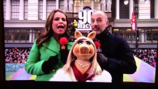 Download The 90th Macy's Parade Opening of The Muppets Video