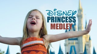 Download DISNEY PRINCESS MEDLEY - SINGING EVERY PRINCESS SONG AT WALT DISNEY WORLD Video