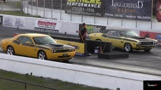 Download Challenger SRT8 vs 340 Six Pack Challenger T/A - Old vs New - 1/4 Mile - Road Test TV ® Video