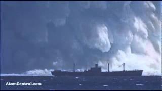 Download Atom Bombasının Gücü Hint Okyanusunda yapılan atom bombası denemesi Yakında duran dev gemi, patlamanın gücü hakkında fikir veriyor Video