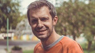 Download Kvepia Istorijom: Andriui Tapinui gyventi lengviau turint lėktuvo bilietą kišenėje Video