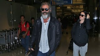 Download Mel Gibson Happy Catching Flight With Pregnant Girlfriend Amid 'Hacksaw Ridge' Success Video