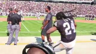 Download Marshawn Lynch Gets The Whole Oakland Coliseum Dancing [BayAreaCompass] Video