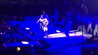 Download Dulce María y Joey Montana - Volvamos - Evento Digital 2016 Video