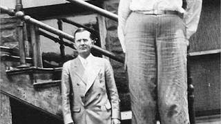 Download World's TALLEST MAN to have ever lived! (Robert Pershing Wadlow) Video