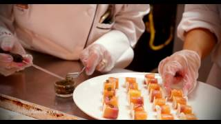 Download Master Chef Daryl Shular commands the kitchen Video