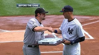 Download Konerko honored before the game by Yankees Video
