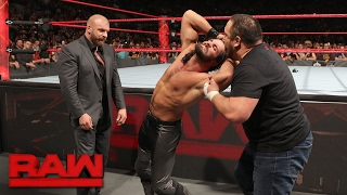Download Samoa Joe ambushes Seth Rollins: Raw, Jan. 30, 2017 Video