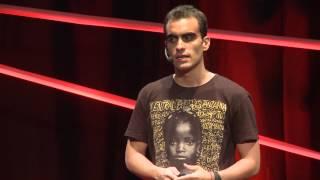 Download Quantas Vezes Você Já se Sentiu Realmente Útil?   Vitor Belota   TEDxBlumenau Video