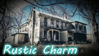 Download Beautiful Rustic Abandoned Farmhouse - Endless Bedrooms Video