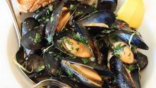 Download Drunken Mussels Recipe - Mussels Steamed in a Garlic, Lemon & Wine Broth Video