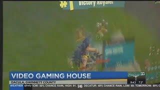 Download WINNING A FORTNITE GAME ON LIVE TV! (SoaR Winning Fortnite Game Caught on Live TV) Video