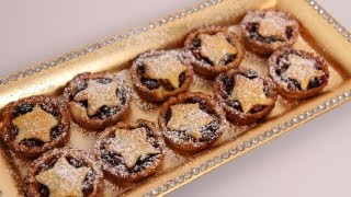 Download Mini Mince Pies Recipe - Laura Vitale - Laura in the Kitchen Episode 492 Video