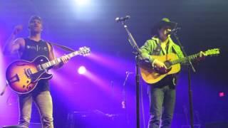 Download Kip Moore & Jon Pardi ″Toubadour & Dust On A Bottle″ Live @ The Fillmore Philadelphia Video