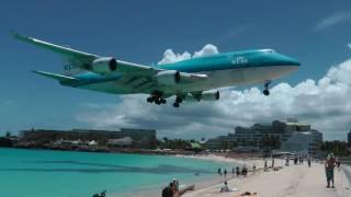 Download St. Maarten KLM Boeing 747 landing (1080p) Video
