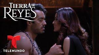 Download Tierra de Reyes | Escena del Día 125 | Telemundo Video