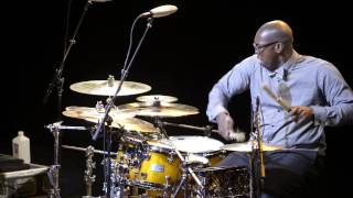 Download Lee Pearson drum solo with Chris Botti Video