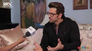 Download Bollywood wonder Boy Hrithik Roshan unplugged for HRX by Style Mint Video