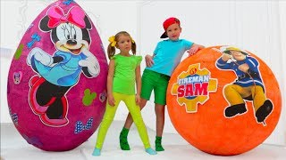Download Minnie Mouse VS Fireman Sam Giant surprise toy egg Video