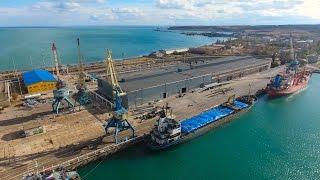 Download Крым 4K: Бывшая индустриальная Керчь в районе Рыбного порта, Крымский мост Video