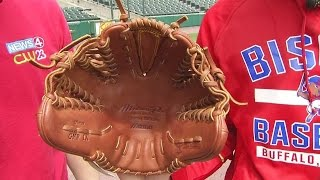 Download Bisons pitcher tosses fastballs with both hands Video