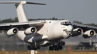 Download Boeing C-17 vs. Ilyushin IL-76 Video