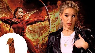 Download ″Did you guys know I was in the Hunger Games?″ Jennifer Lawrence on where she keeps Katniss's bow. Video