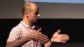 Download Offlajn život v online světě: Tomáš Hajzler at TEDxHradecKralove Video