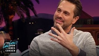 Download Amanda Seyfried & Thomas Sadoski Just Secretly Married Video