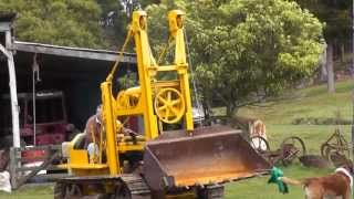 Download 1947 Caterpillar D2 Traxcavator (Owned by Geoff and Adele Stanger) Video