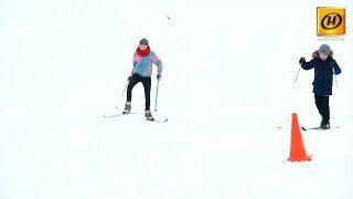 Download Школы Беларуси получают новое оборудование для занятий зимними видами спорта Video
