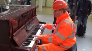 Download Workman Stuns Audience With His Piano Skills Video