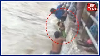 Download Operation On To Rescue Kid Stuck In Mumbai's Pond Video